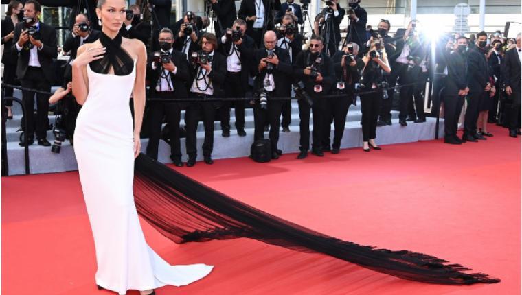 74. Cannes Film Festivali En İyi Kırmızı Halı Görünümleri