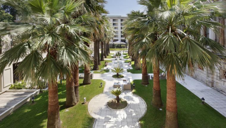 Çırağan Sarayı'nın Yeni Mekanı: 'Secret Garden'
