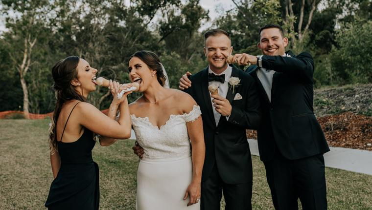 Düğününde Dondurma İkram Etsene!