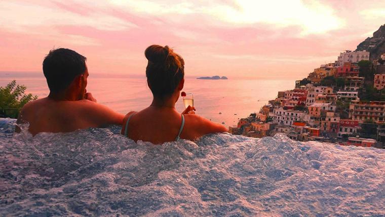 Güney İtalya'nın Romantik Sahil Şeridi: Amalfi