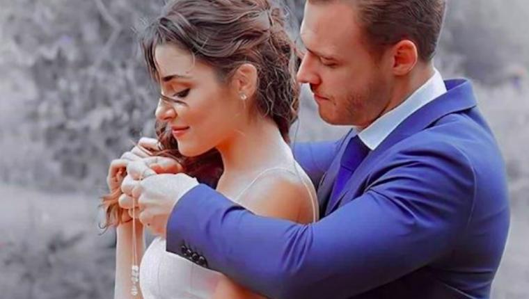 Hande Erçel ve Kerem Bürsin Aşklarını İlan Etti!